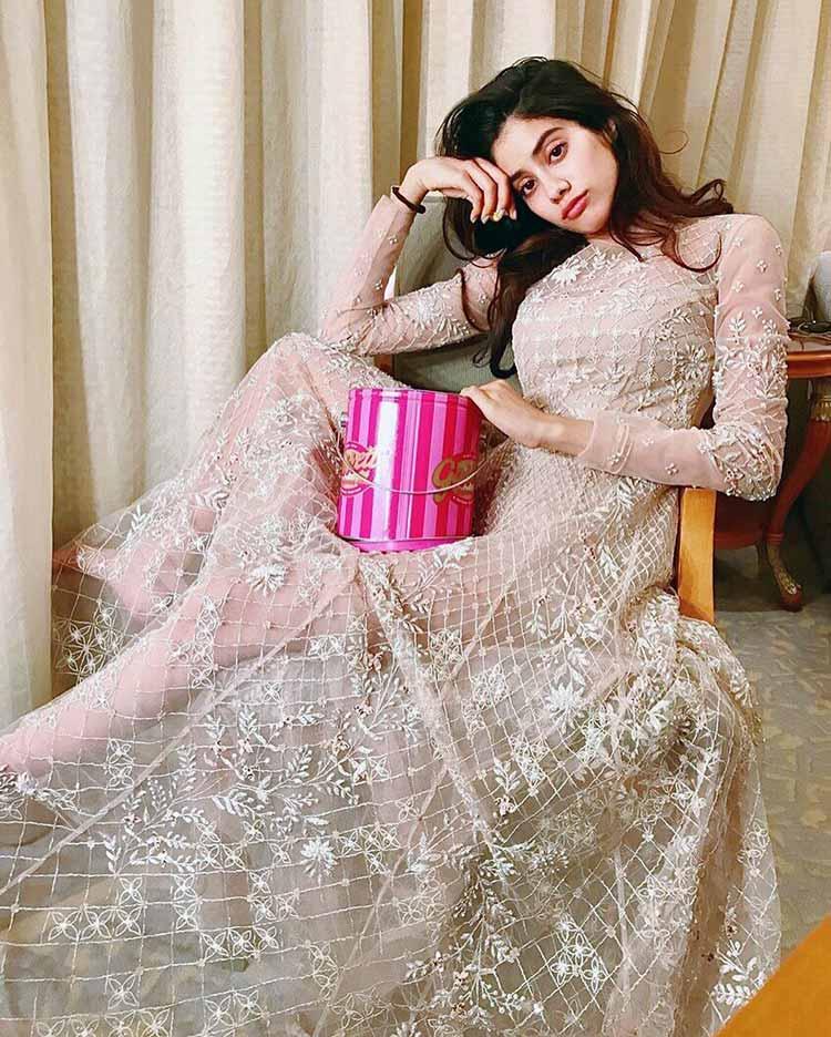 Janhvi Kapoor looks surreal in this Instagram post