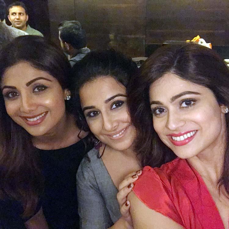 Shilpa Shetty with Shamita Shetty and Vidya Balan