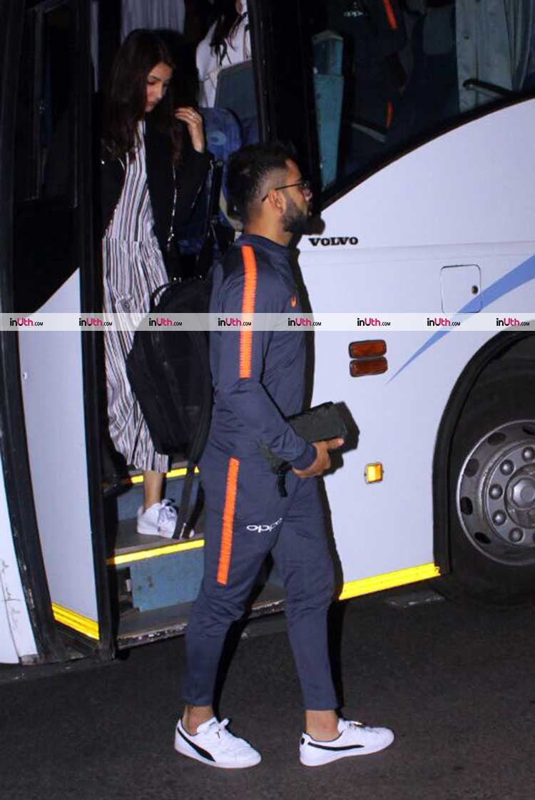 Virat Kohli and Anushka Sharma spotted with Indian men's cricket team