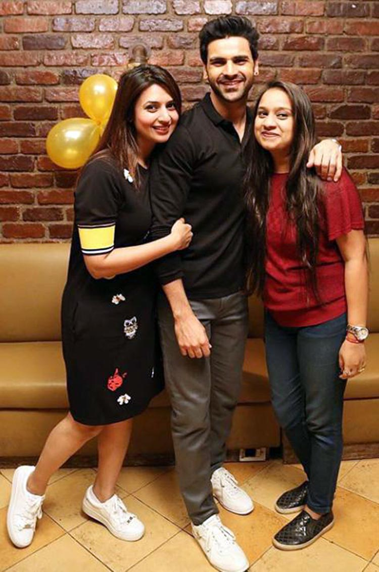 Divyanka Tripathi and Vivek Dahiya with a friend