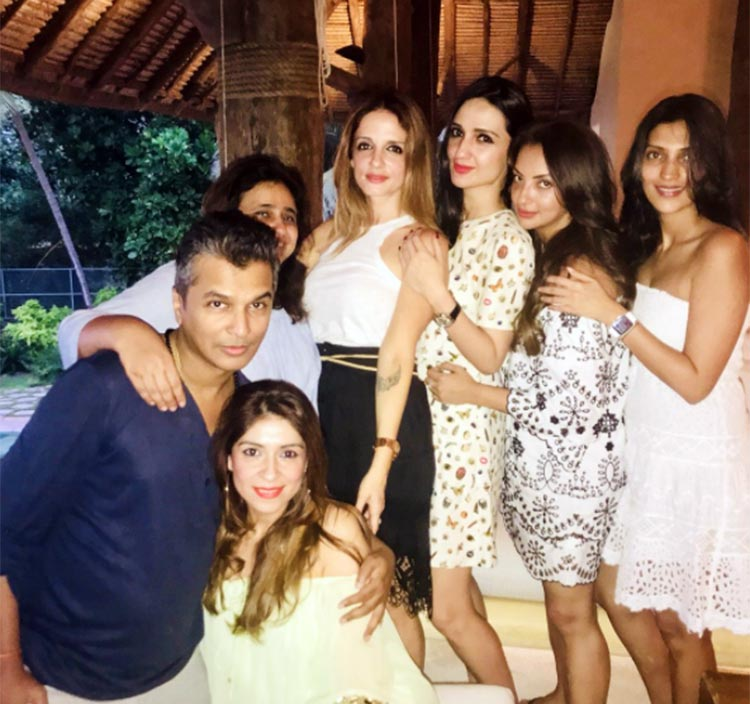The stunning guests at Shah Rukh Khan's birthday party