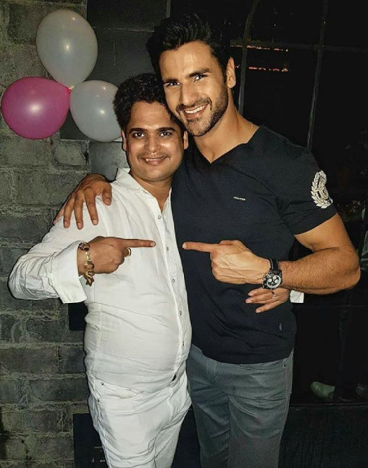 Vivek Dahiya's lovely birthday wish for his manager