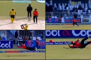 Ahmed Shehzad, Ahmed Shehzad one-handed catch, Ahmed Shehzad best fielding, Ahmed Shehzad fitness, Lahore Blues vs Peshawar, Best catches of 2017, Ahmed Shehzad fifty