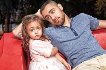 Cute photos of Imran Khan's daughter Imara
