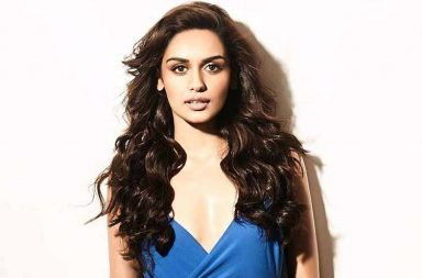 Manushi Chhillar Hot and Sexy pics