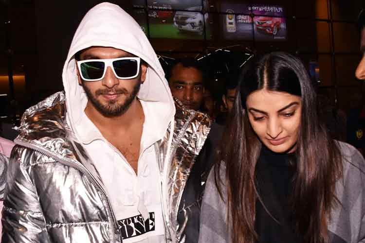 Ranveer Singh airportlook