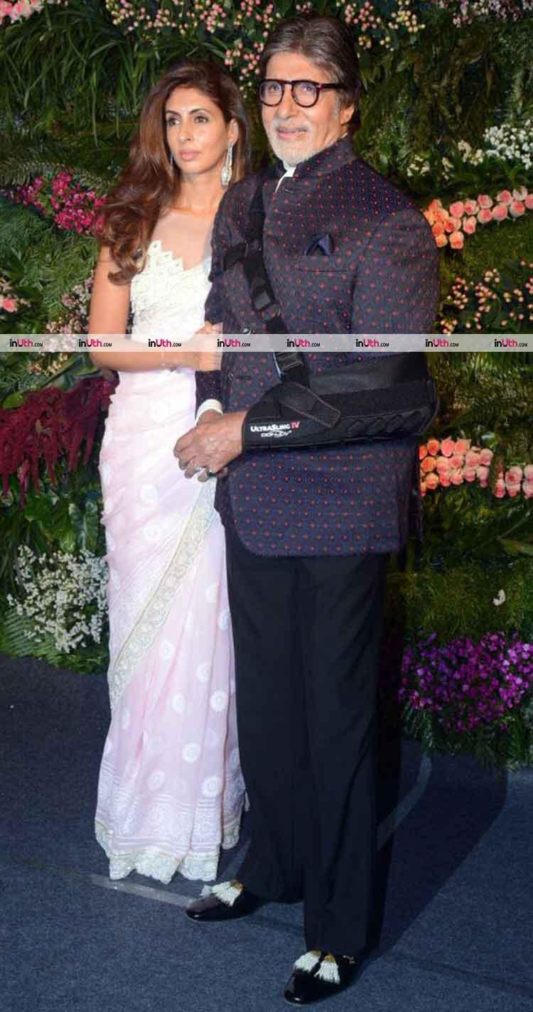 Amitabh Bachchan with Shweta Nanda at Virat Kohli-Anushka Sharma's wedding reception