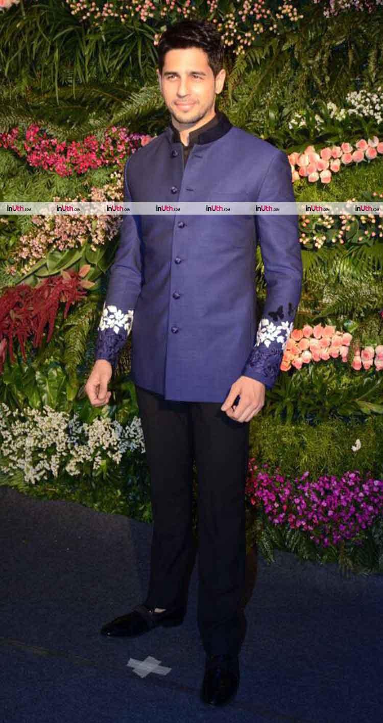 Sidharth Malhotra at Virat Kohli-Anushka Sharma's Mumbai wedding reception