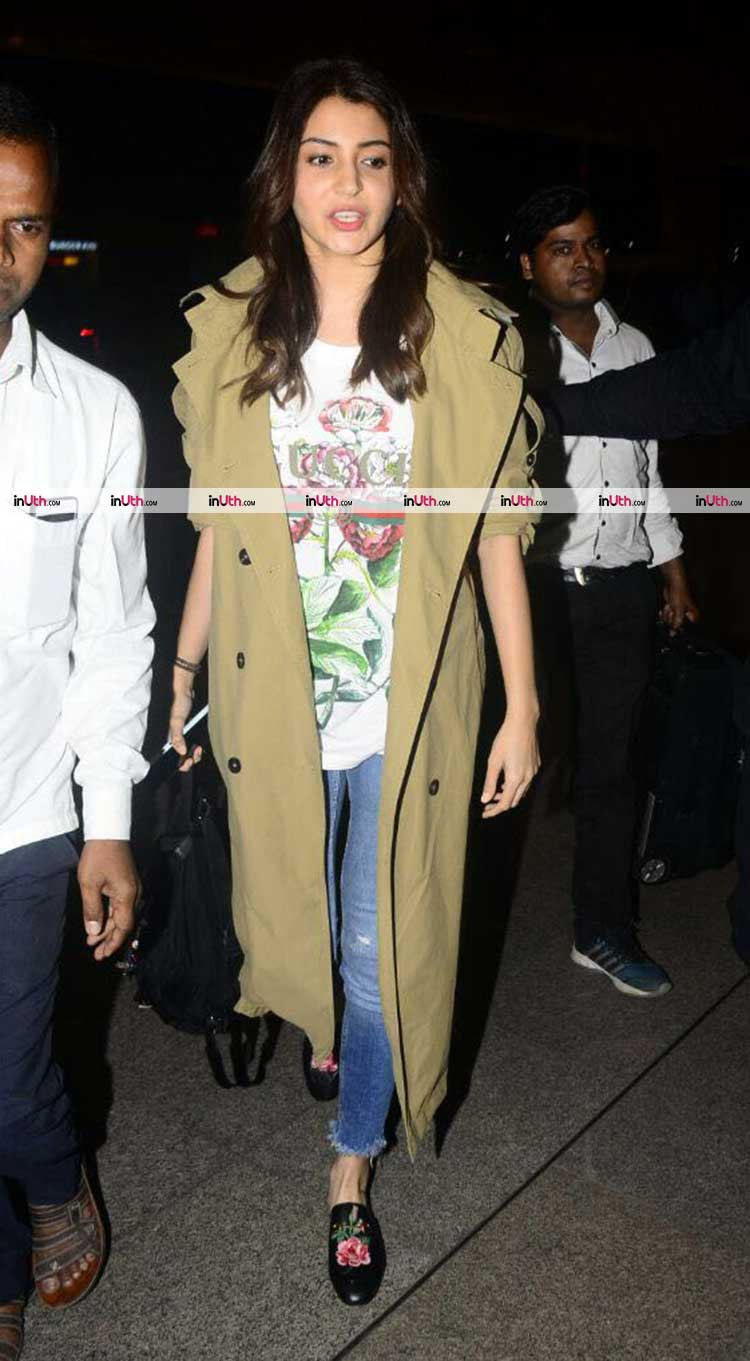 Anushka Sharma snapped at the airport amidst wedding rumours