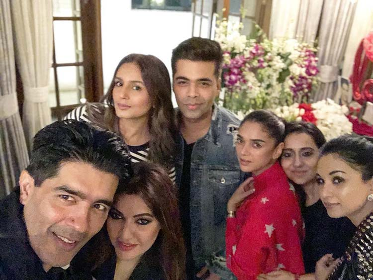 B-towners surprise Manish Malhotra on his birthday