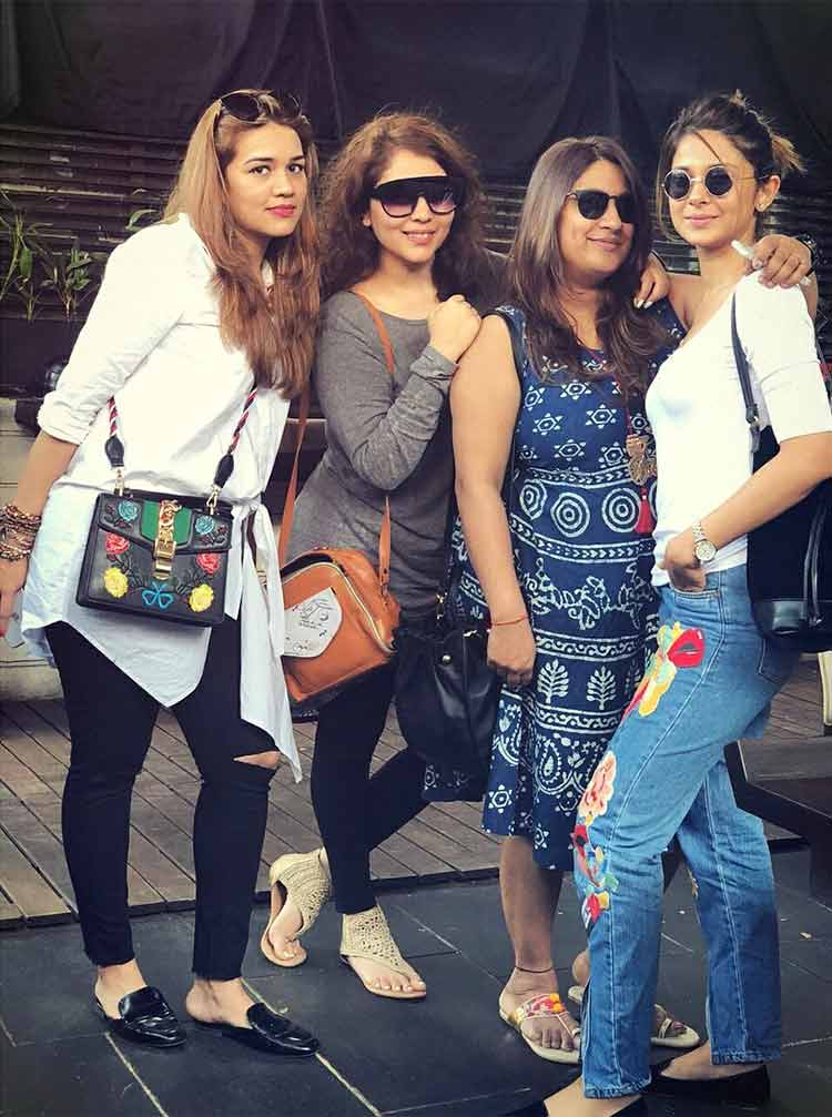 Jennifer Winget with her friends