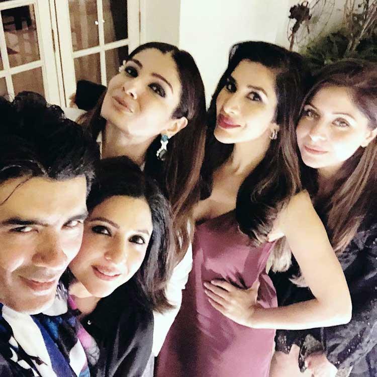 Manish Malhotra hosting Rita Vaswani on her birthday
