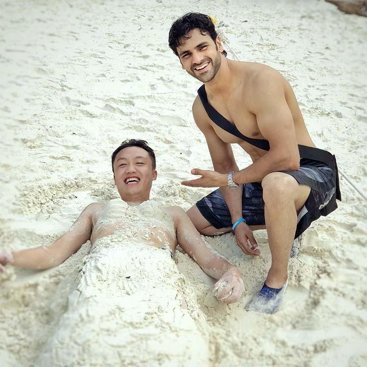 Vivek Dahiya making 'mermaids out of strangers' in Thailand