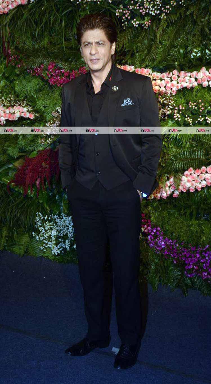 Shah Rukh Khan at Virat Kohli and Anushka Sharma's Mumbai reception