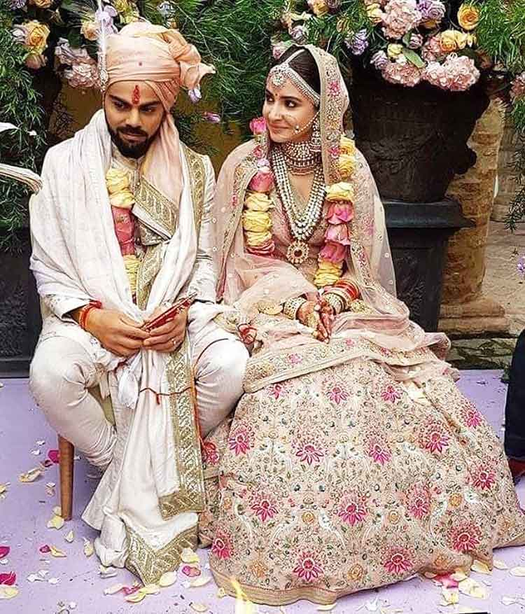 Virat Kohli Wedding.Anushka Sharma Virat Kohli Wedding Photos
