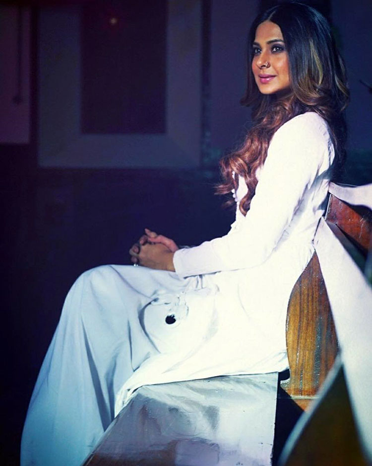 Jennifer Winget looks too beautiful in this Instagram post