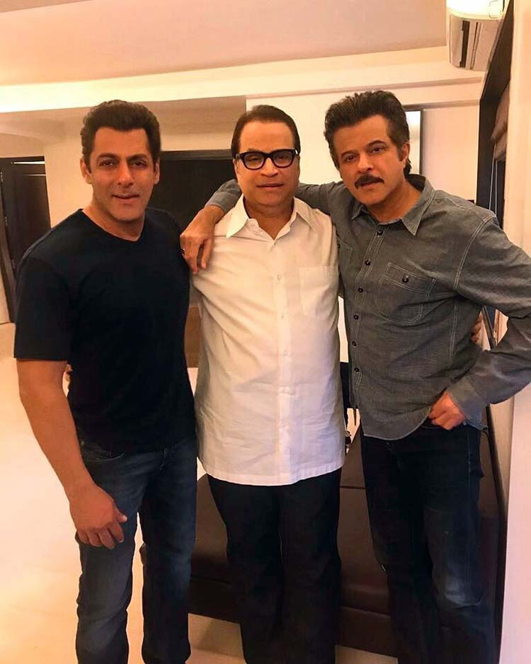 Salman Khan and Ramesh Taurani with Anil Kumar on Race 3 sets