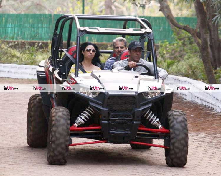 Salman Khan enjoying his time in Panvel on his birthday