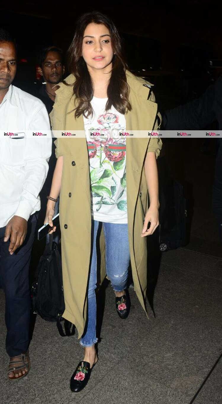 Anushka Sharma's wedding rumours are further fuelled by her airport appearance