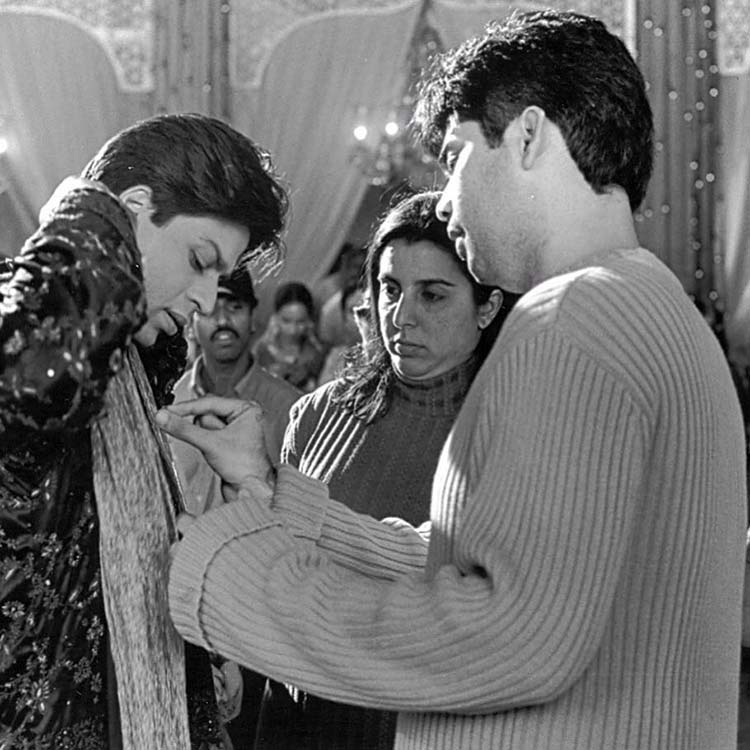 Karan Johar with Farah Ali Khan and Shah Rukh on the sets of Kabhi Khushi Kabhie Gham