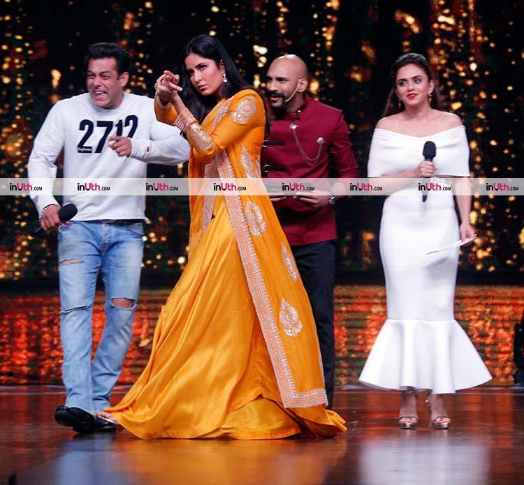 Katrina Kaif promoting Tiger Zinda Hai on Dance India Dance 6