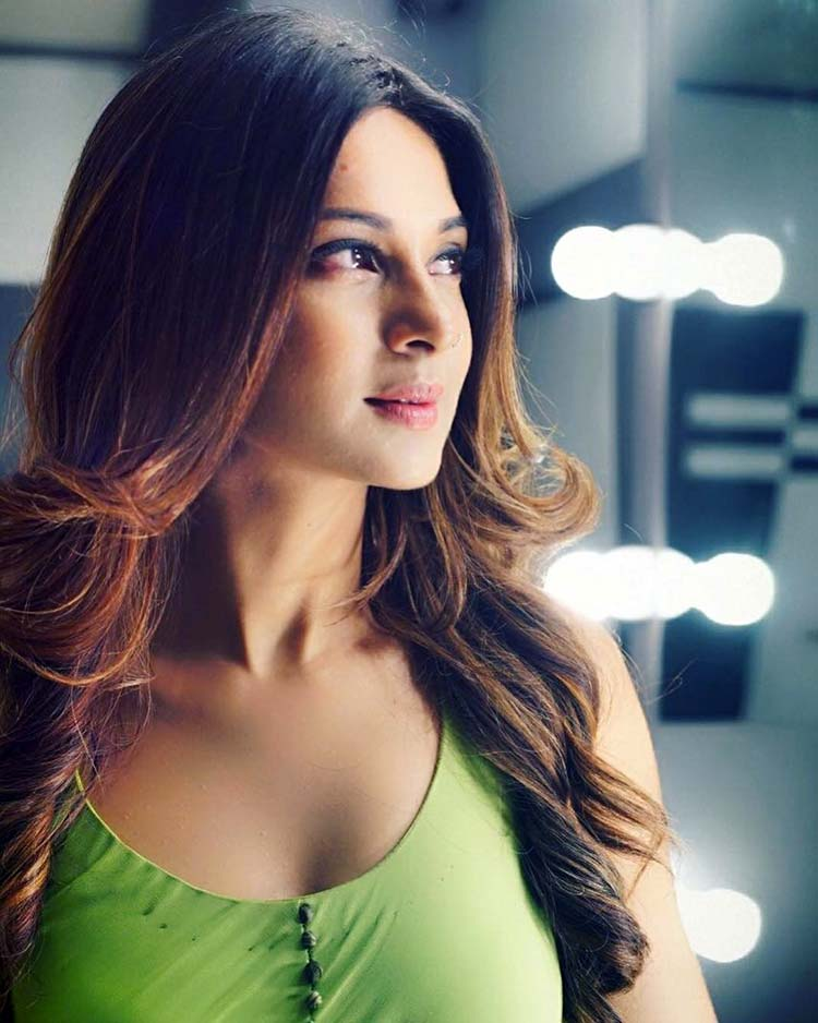 Jennifer Winget looks surreal in this Insta pic