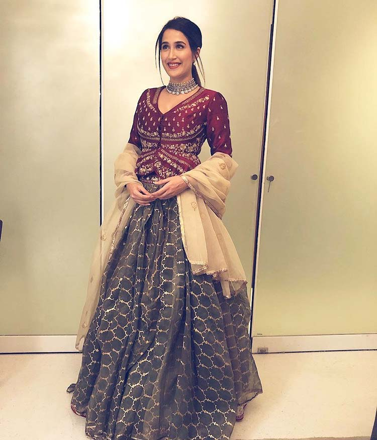 Sagarika Ghatge in Anju Modi for Virat Kohli and Anushka Sharma's wedding reception