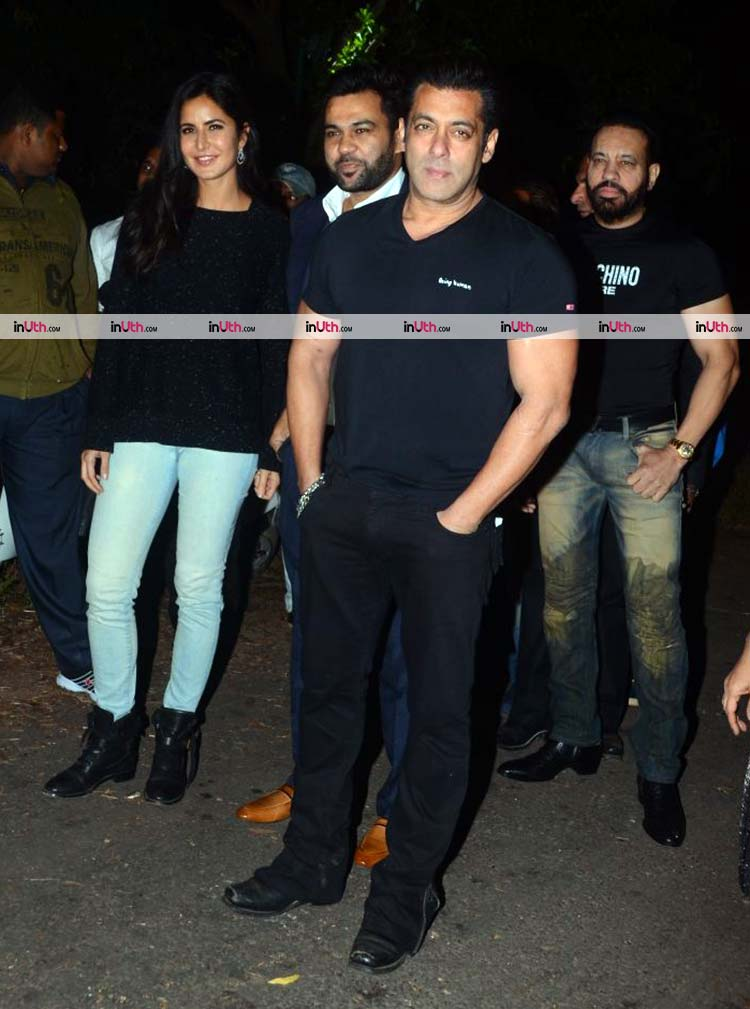 Salman Khan with Tiger Zinda Hai team at his 52nd birthday celebrations