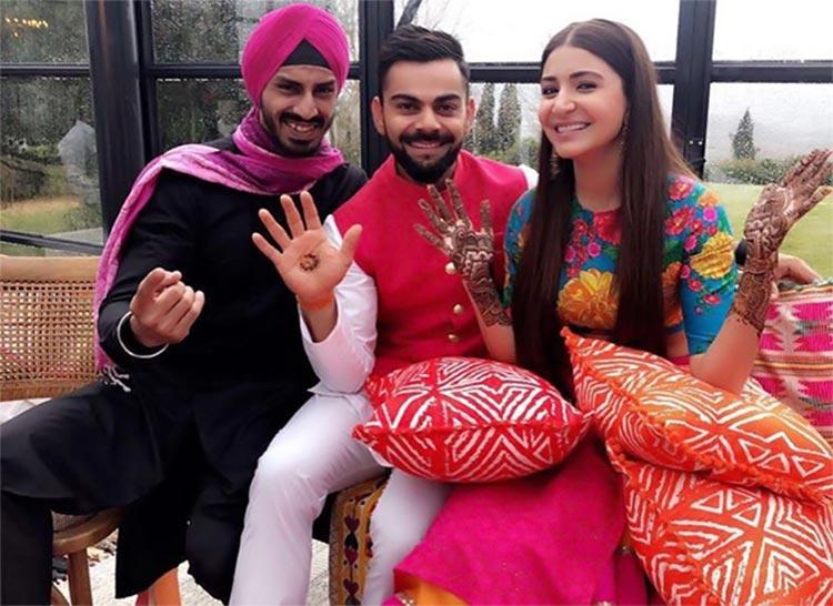 Virat Kohli and Anushka Sharma at their mehendi ceremony