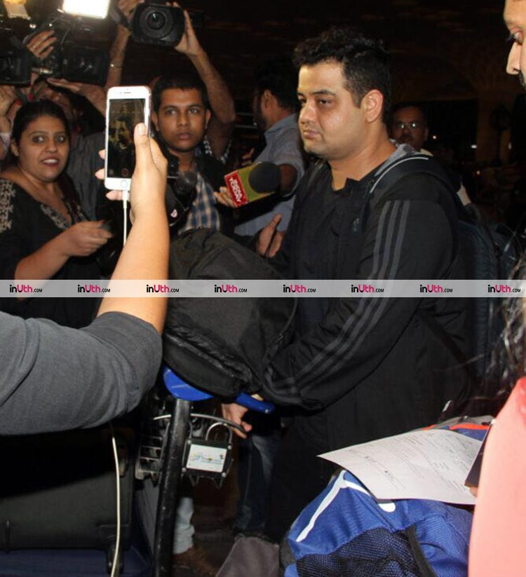 Anushka Sharma's brother at the airport amidst her wedding rumours