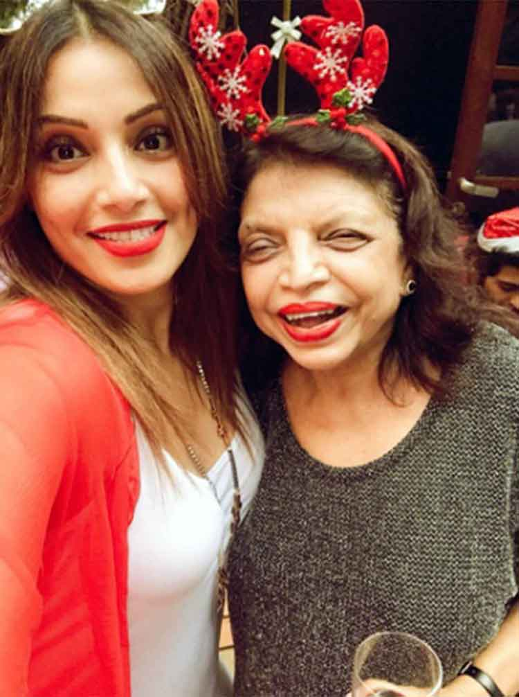 Bipasha Basu with Deanne Panday's mother at the Christmas party