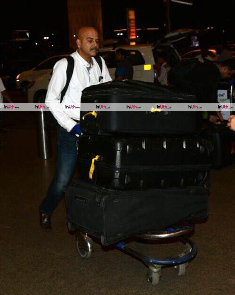 Anushka Sharma's father at the Mumbai airport amidst her wedding rumours