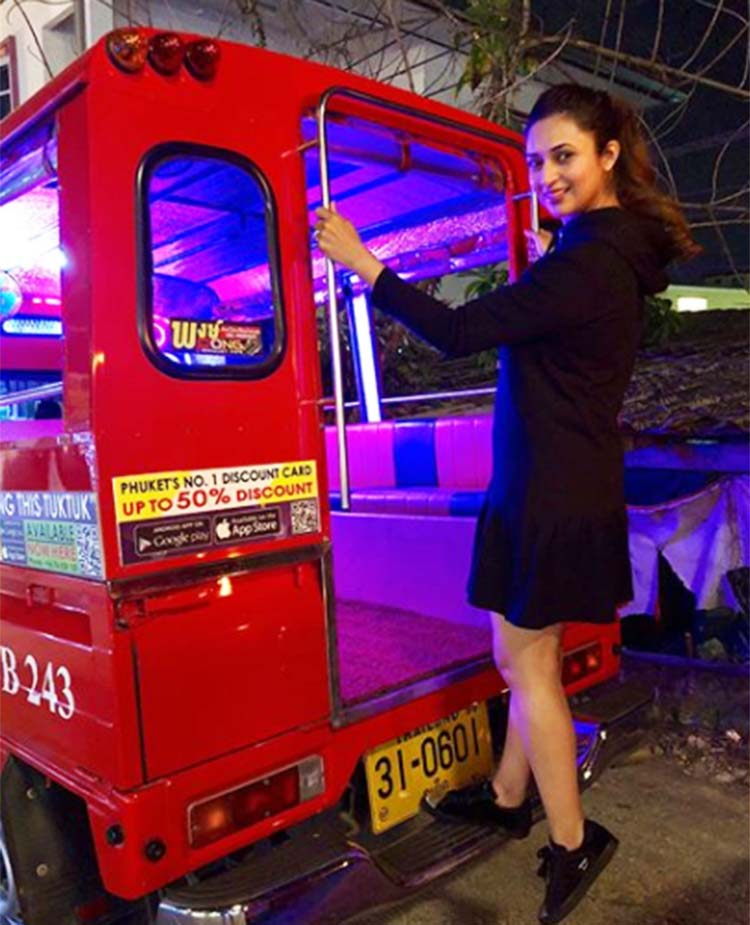 Divyanka Tripathi's cute pic from Thailand