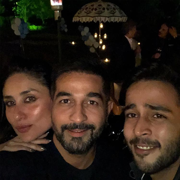 Kareena and Zahan Kapoor with Shakeel Ladak at Taimur's birthday party