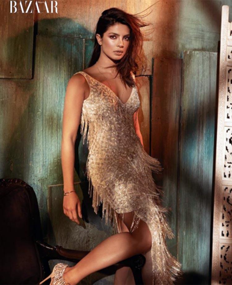 Priyanka Chopra is the hottest bombshell in Harper's Bazaar Vietnam latest issue