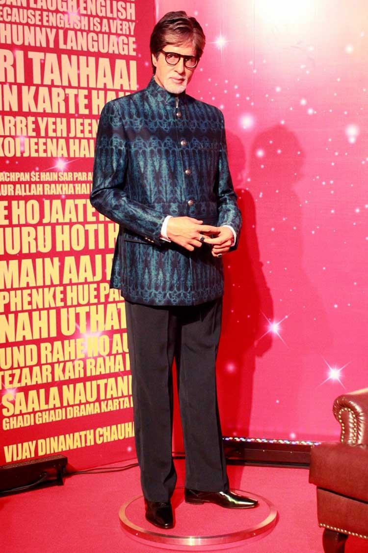 Amitabh Bachchan's wax figure at Madame Tussauds Delhi
