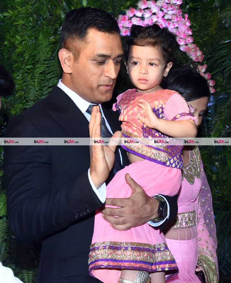 Mahendra Singh Dhoni with Ziva at Virat Kohli-Anushka Sharma's wedding reception