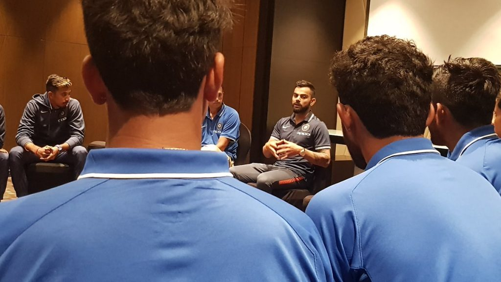 Virat Kohli spent time with U-19 team (PIC BCCI )