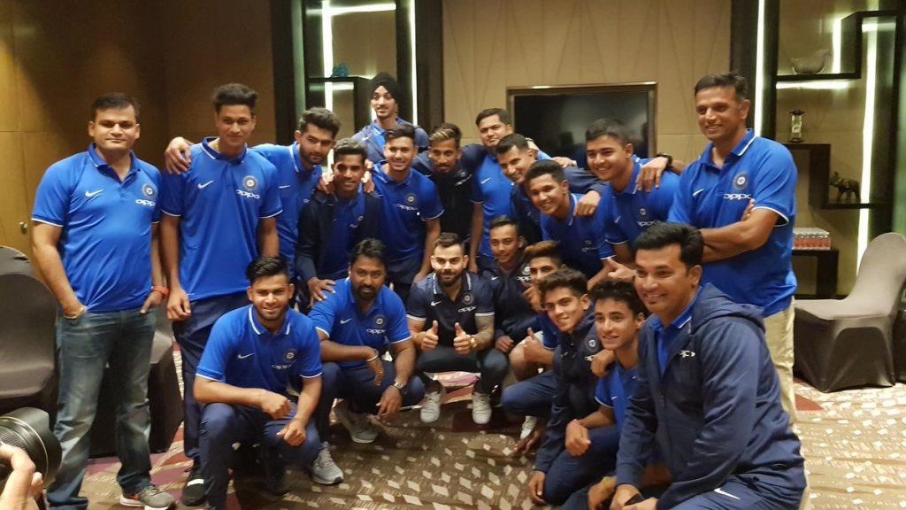 Virat Kohli spent time with U-19 team (PIC BCCI)