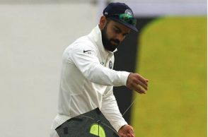 Virat Kohli kite, Virat Kohli flies kite, Virat Kohli kite flying Delhi, Virat Kohli kite Feroz Shah Kotla, India vs Sri Lanka 3rd Test, IND vs SL 3rd Test,