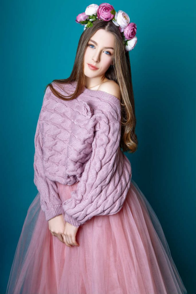 Tulle skirt with sweater