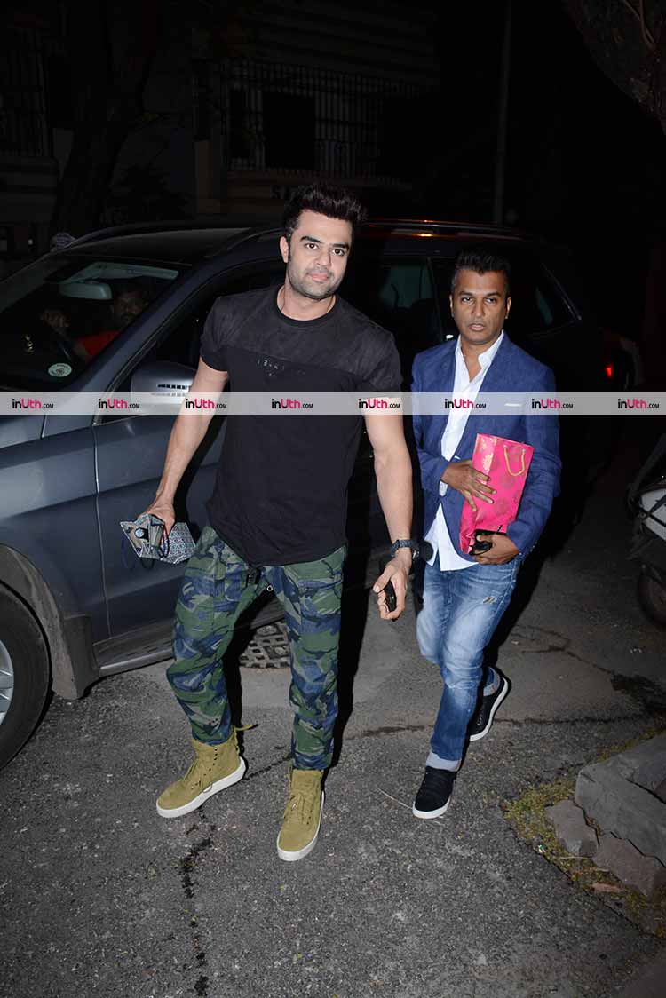 Maniesh Paul at Bipasha Basu's birthday party