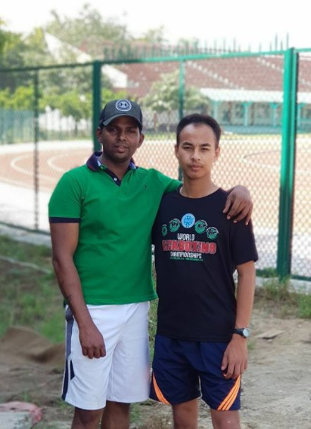 Girish is Hami's friend and a practice partner