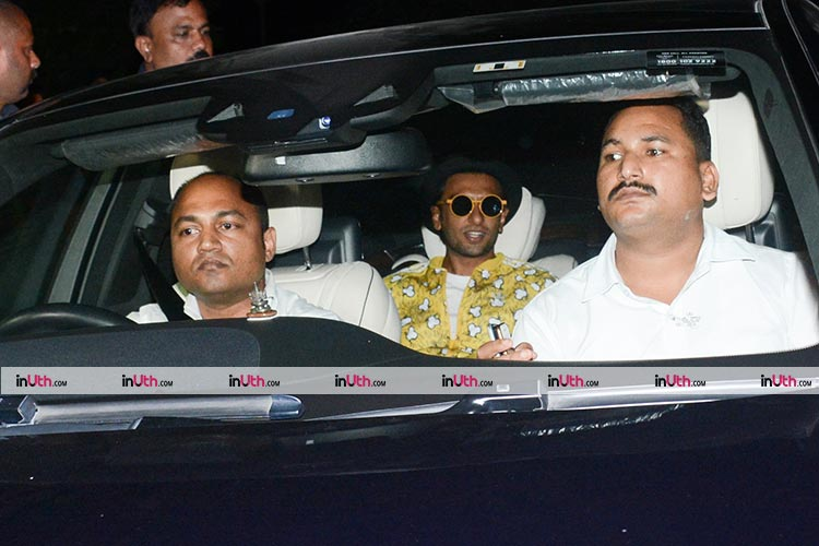 Ranveer Singh arriving at Shah Rukh Khan's house for a party