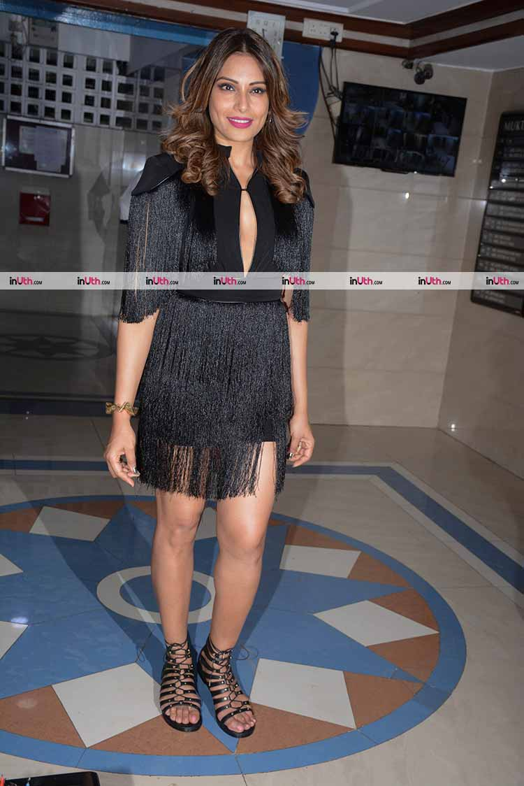 Bipasha Basu in black for her 39th birthday celebrations