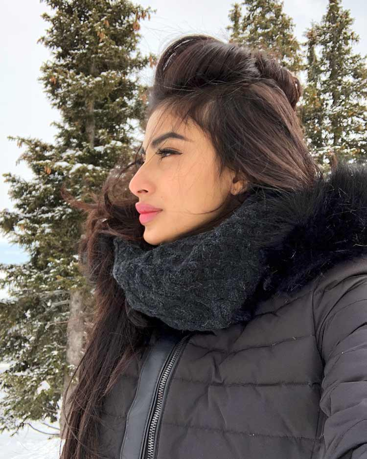 Mouni Roy joins Alia Bhatt and Ranbir Kapoor in Bulgaria for Brahmastra