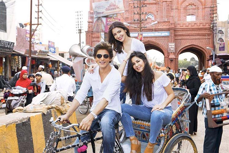 Shah Rukh Khan, Anushka Sharma, Katrina Kaif snapped on Zero sets