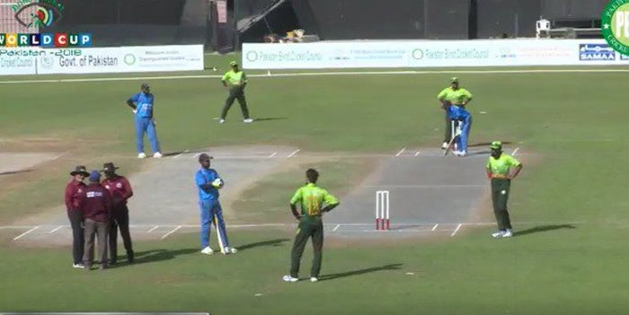 #Shame: Fans abuse from stands & halt match during India-Pakistan Blind World Cup final