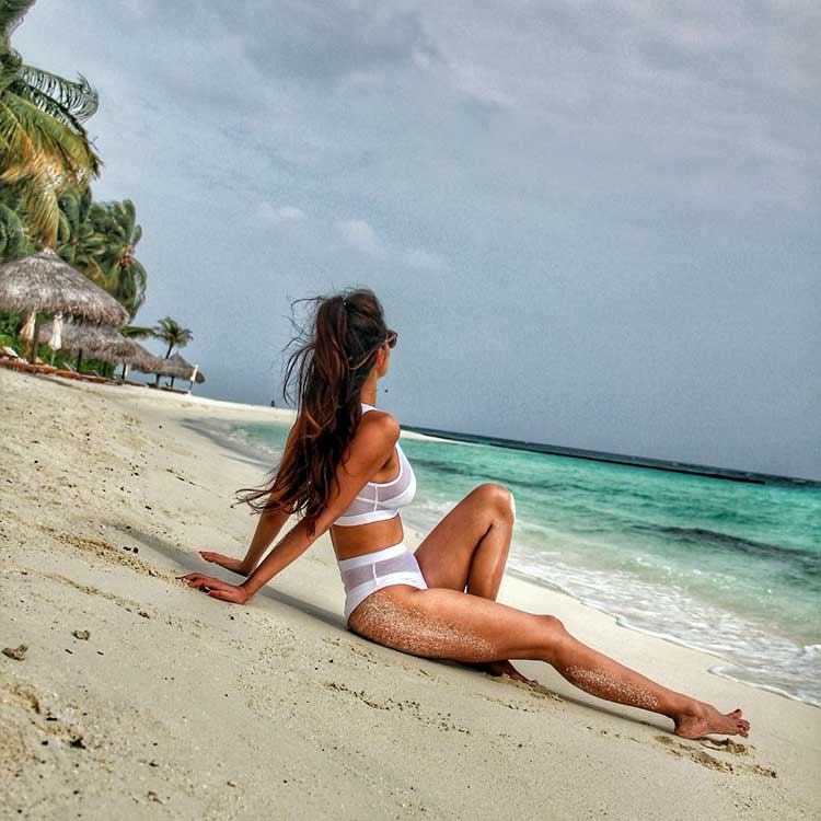 Disha Patani is uber hot in this white bikini
