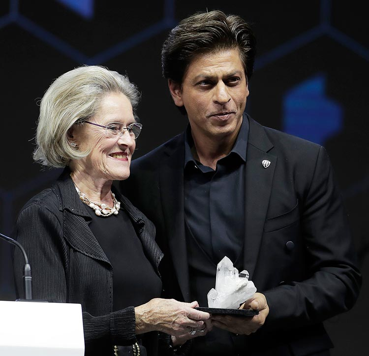 Shah Rukh Khan receiving the Crystal Award at World Economic Forum 2018